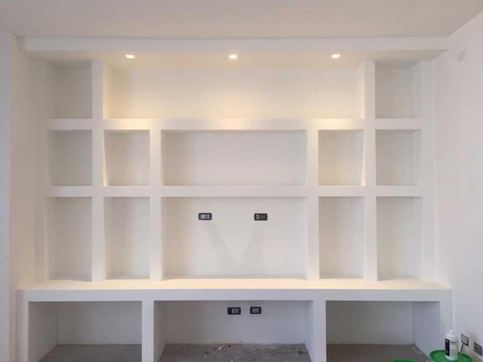 Librerie in cartongesso edile cartongesso milano for Immagini parete attrezzata